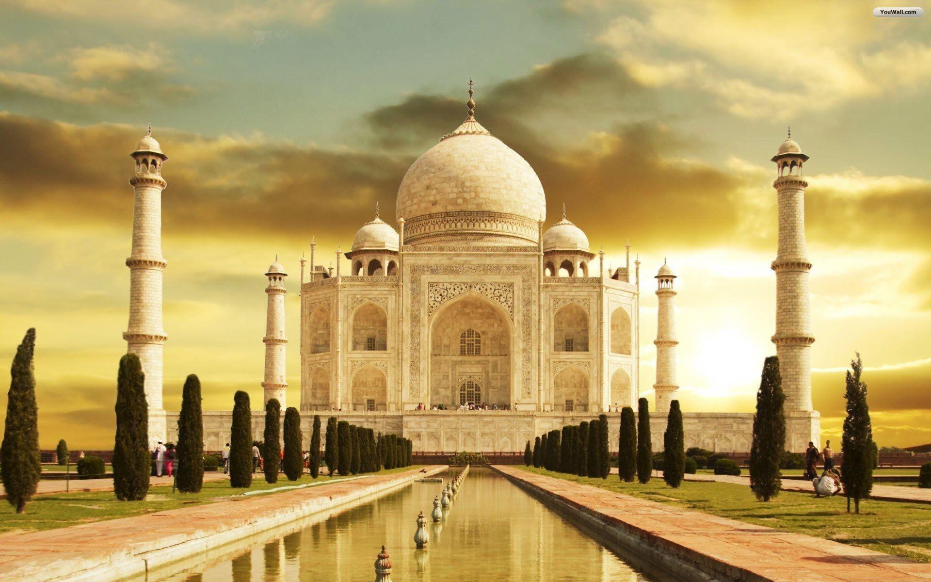 نمایی بسیار زیبا از تاج محل هند